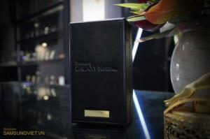 Золотой Samsung Galaxy Note Edge уже продается во Вьетнаме