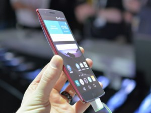 LG G Flex 2 готовится выйти на мировой рынок