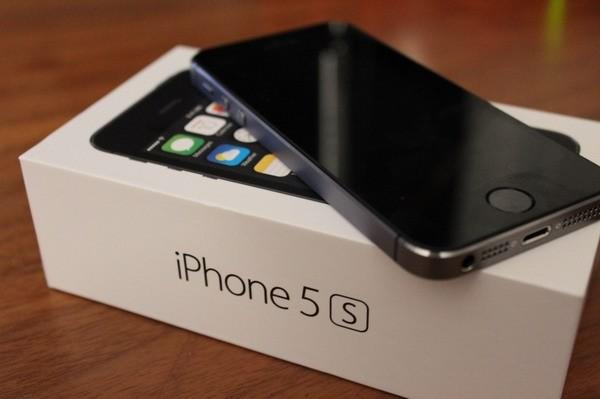 Смартфона Apple iPhone 5s больше не будет в продаже