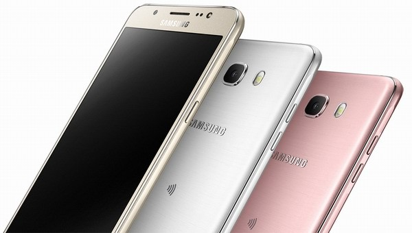 Samsung официально презентовала Galaxy J7 и Galaxy J5 2016 года