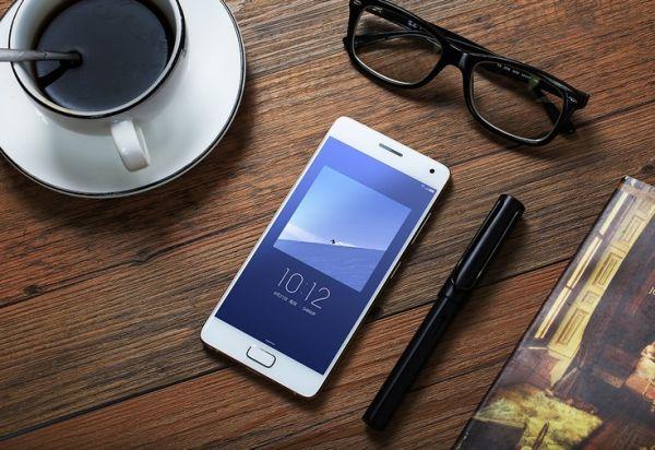 Смартфон Zuk Z2 Pro представлен официально