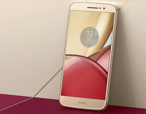 novostidolgozhdannyj-smartfon-moto-m-oficialno-predstavlen 2