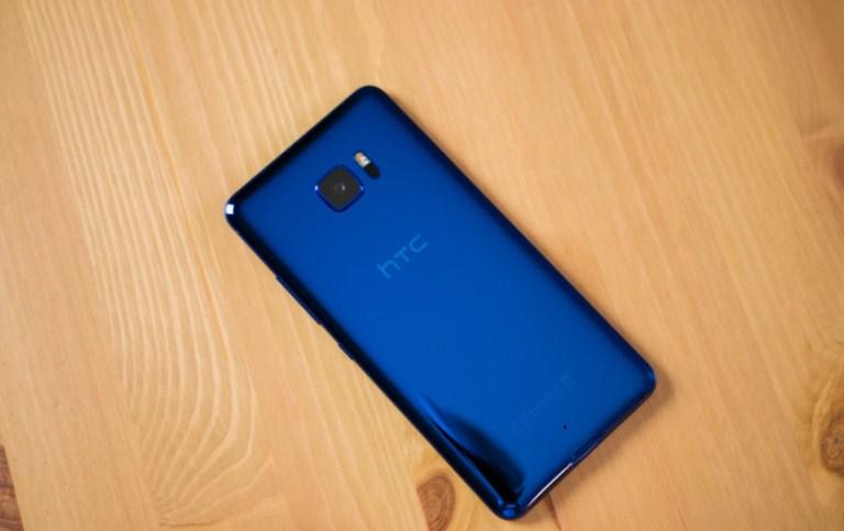 HTC-U-Ultra-Review-1-840x560