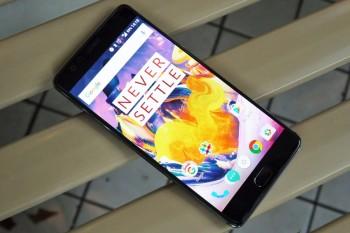 OnePlus-5-Silver-Case-3