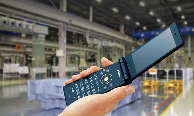 Sharp презентовала новый раскладной телефон Sharp SH-03H