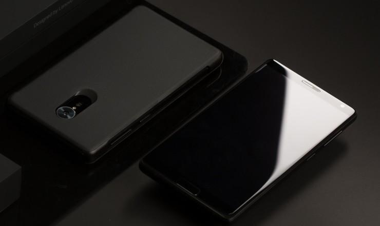 novostipoyavilis-pervye-foto-novogo-smartfona-ot-zuk 2
